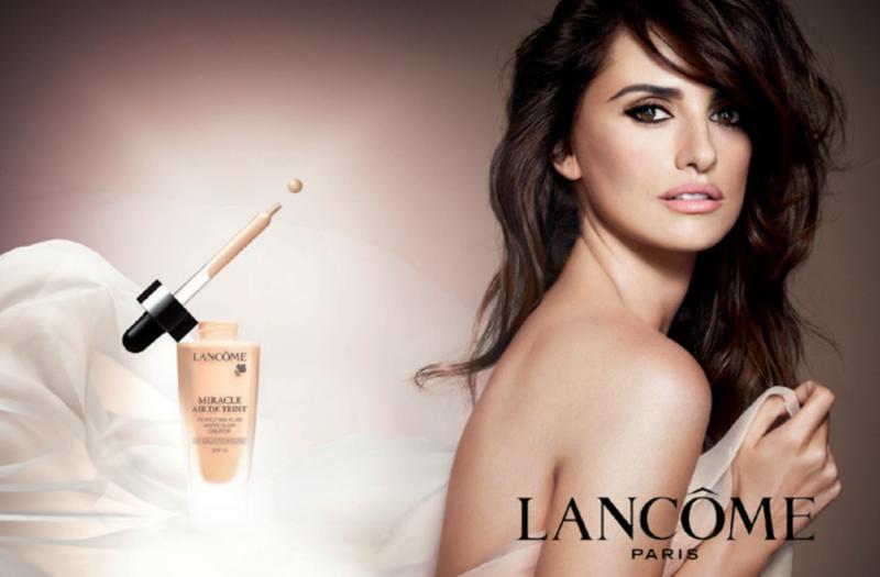 Penelope-Cruz-for-Lancôme's-Miracle-Air-de-Teint-foundation