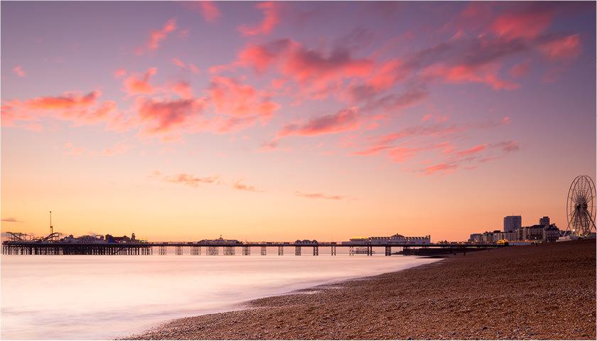 Solnedgang ved Brighton Pier